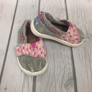 TOMS baby girls shoes